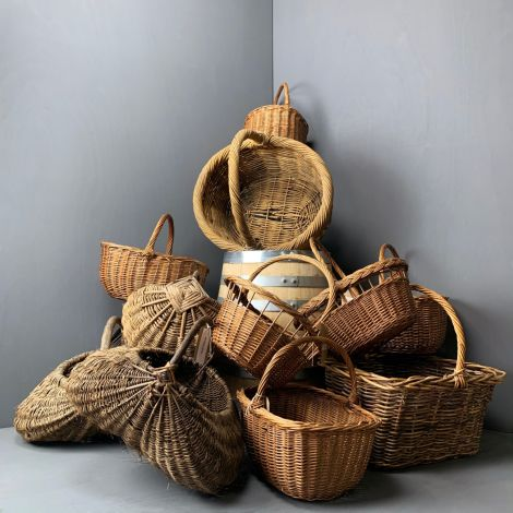 5 x Market Day Vintage Baskets, RENTAL ONLY, approx. 30 to 70 cm long