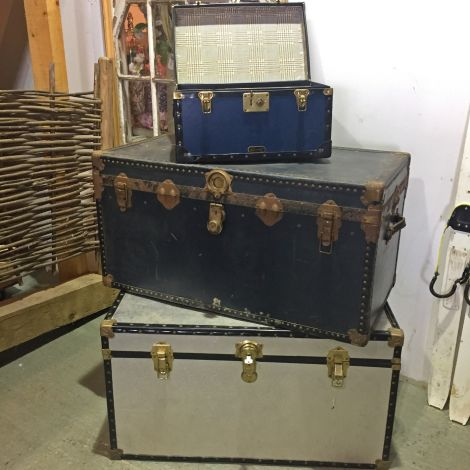 10 x  Vintage Luggage/Steamer Trunks, RENTAL ONLY, various Sizes
