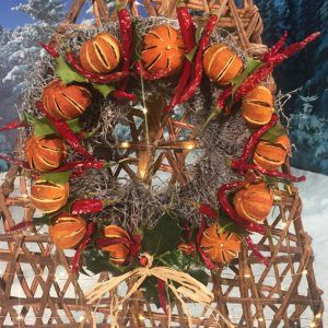 Trees-Vine-dried-fruit-wreath1U-sm-e1507023032294.jpg