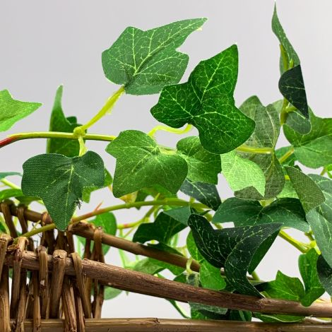 Ivy Garland, 185cm long, artificial leaves with poseable stem