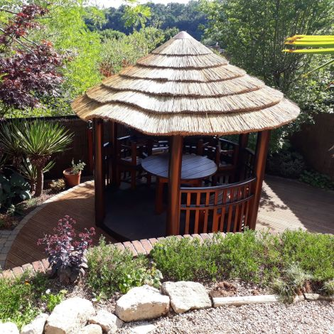 Thatch Tile - Cape Reed Natural. Direct replacement & DIY fitting, gazebo, tiki/beach bar, cabana. 800 mm long by 450 mm tall
