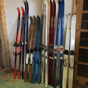 Skis-3.jpg