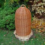 WICKER-bee-skeps-e1506527578729.jpg