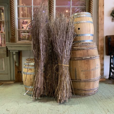 Winter Stems, approx. 120 cm tall by 30 cm wide, natural dried indigenous stems, UK grown