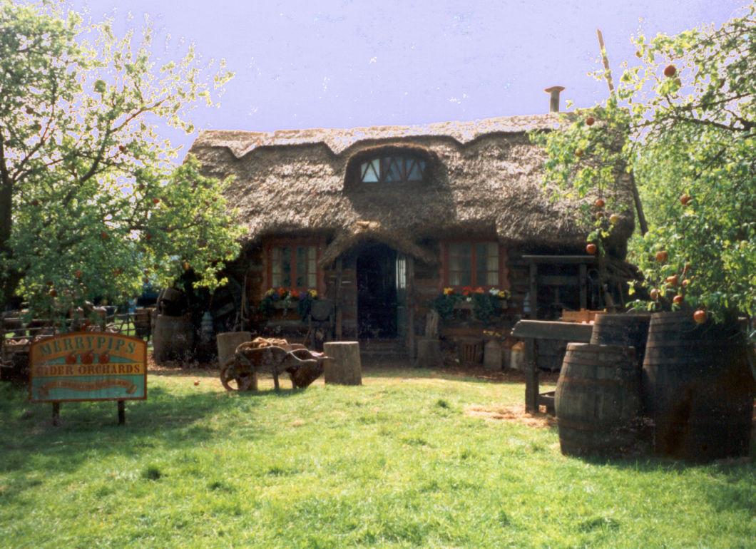 Barrel's Aged & Dressed on Set - www.brandonthatchers.co.uk