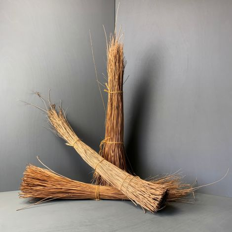 Basket Willow, approx. 1 m to 2.5 m tall by 35 cm diameter. Natural, dried weaving material