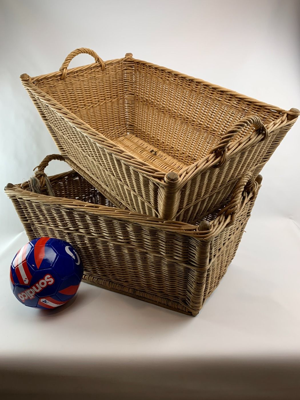 Linen baskets – www.BrandonThatchers.co.uk