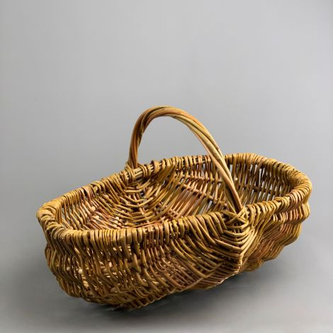 Cooks Basket, approx. 40cm by 30 cm by 30 cm with handle. Natural, hand woven in the UK, willow basket