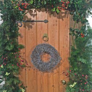 Door-Wreath-Snow-Twig-2-U-sm-e1506433355285.jpg
